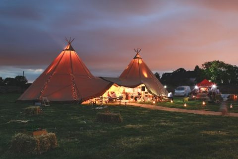 Sami Tipi Wedding Home Page photo 6