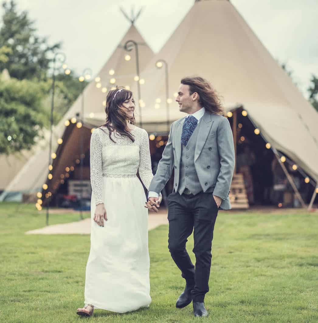 Victoria & Adam Sami Tipi wedding captured by Thomas and Thomas 324 copy