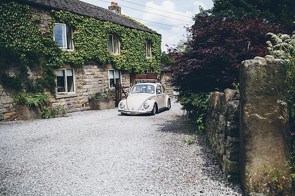 Claire and Neil Sami Tipi Wedding car