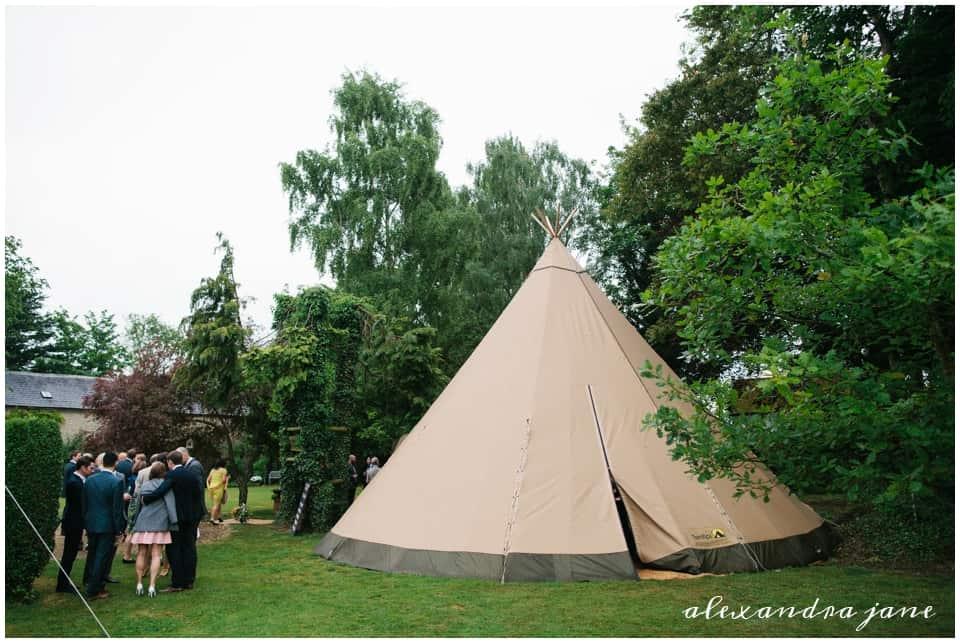 Sami Tipi Garden Wedding in Oxfordshire