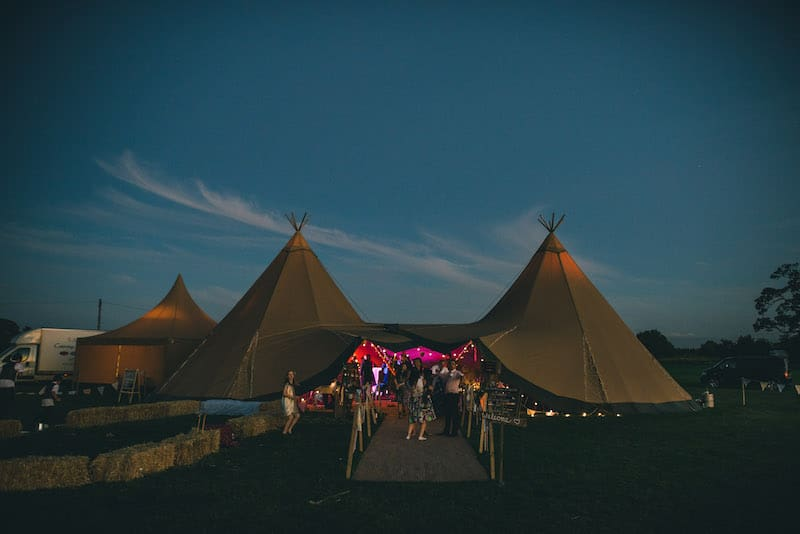 Lisa & Fliss | Sami Tipi Wedding | Cattows Farm | Matt Brown Photography5