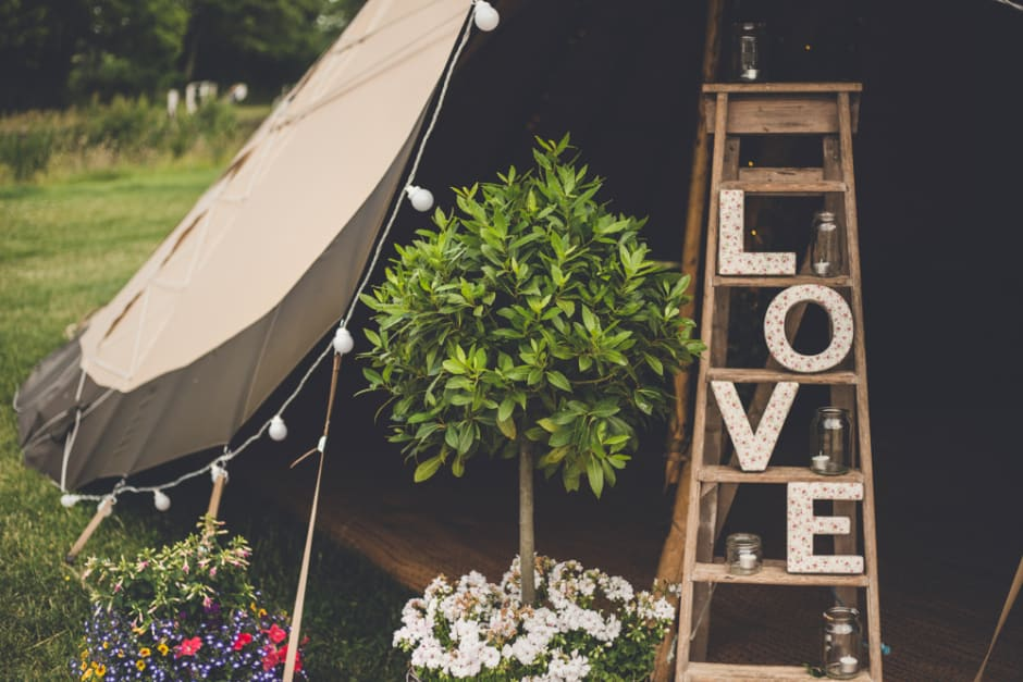 Sami Tipi Wedding Tipi Entrance Styling - captured by Amy Shore Photography