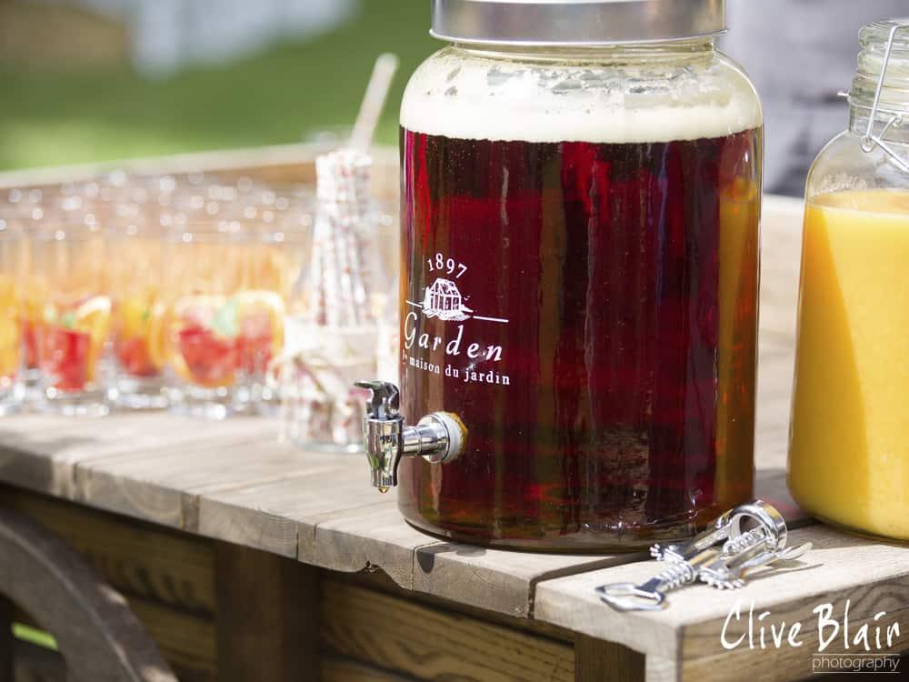 Arrival Drinks - Sami Tipi Wedding captured by Clive Blair