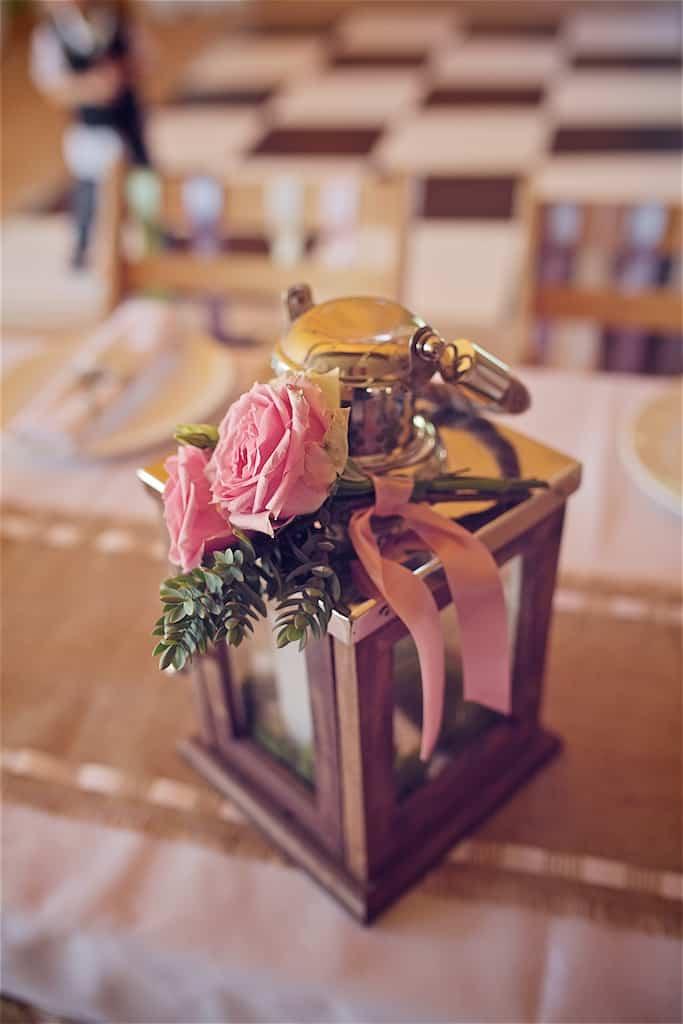 Lantern table settings - Sami Tipi Wedding captured by Shoot it Momma