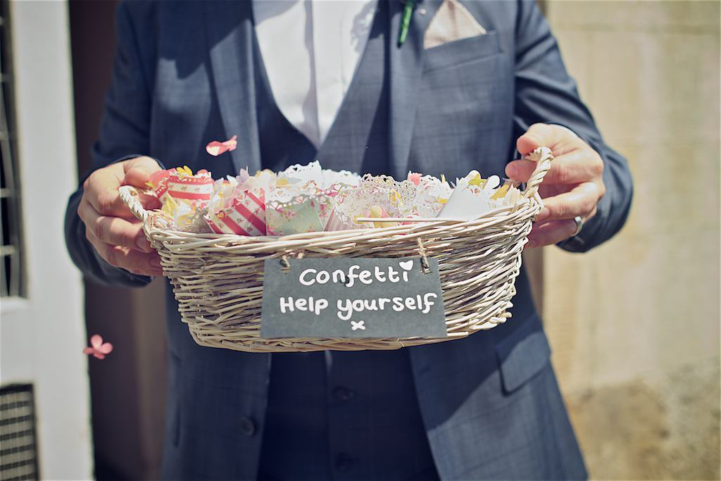 Confetti Help Yourself - Sami Tipi Wedding captured by Shoot it Momma