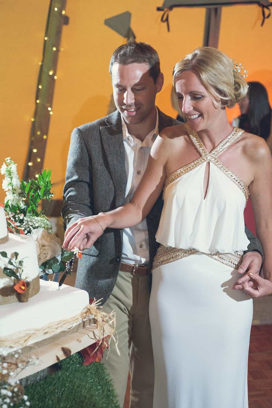 cake - Sami Tipi Wedding - Captured by Duncan Cox