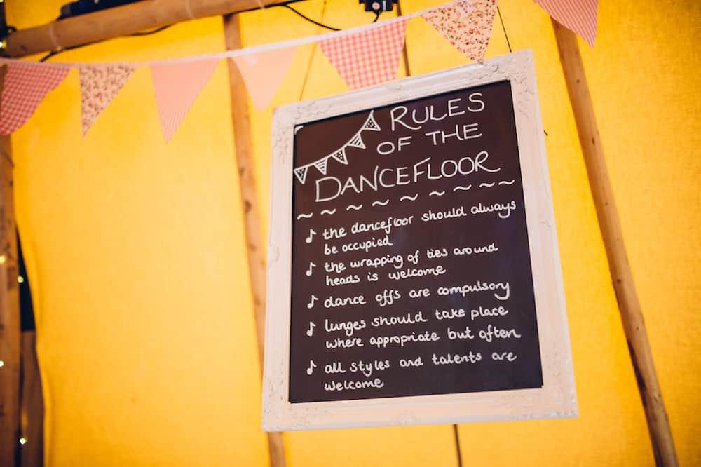 Rules of the dance floor - Sami Tipi Derbyshire Wedding - captured by Matt Brown Photography