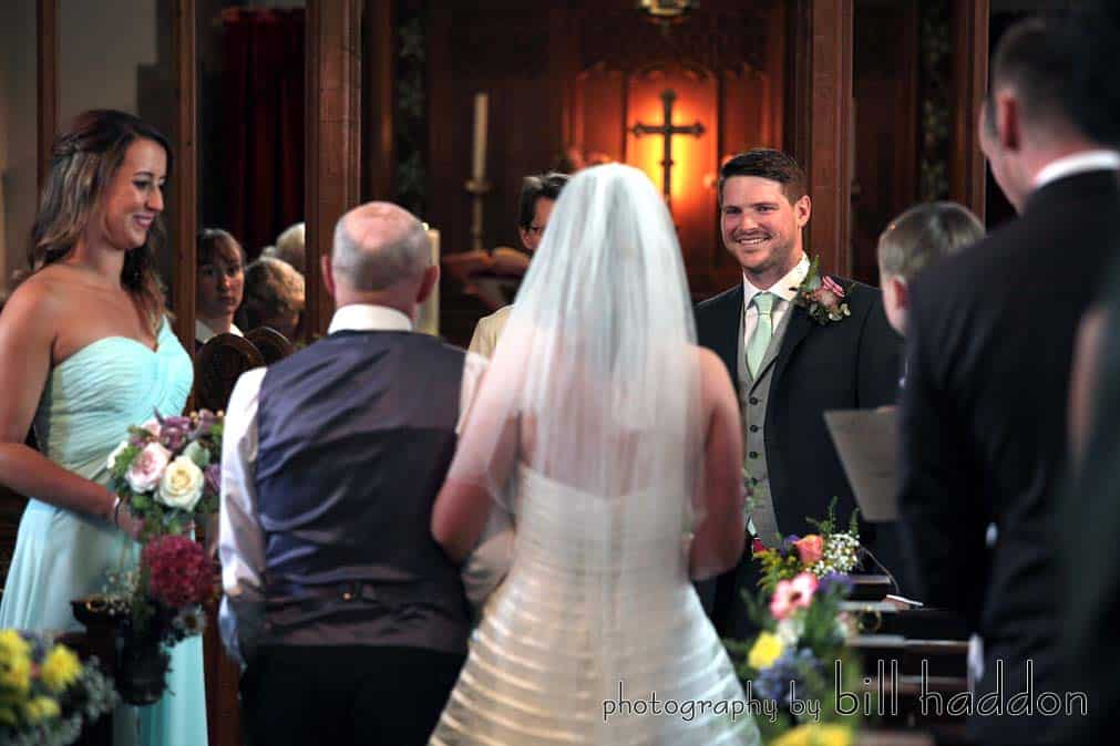 Arriving at church - Sami Tipi Wedding by Bill Haddon Photography -