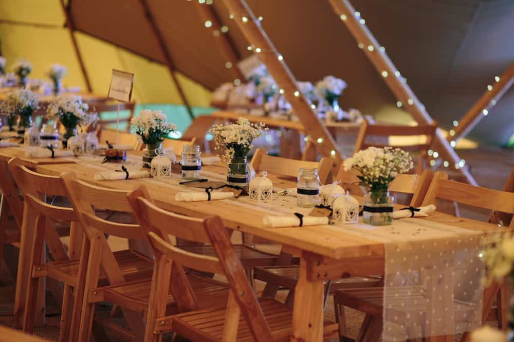 Table Setting - Sami Tipi Wedding - Image by Kathryn Edwards