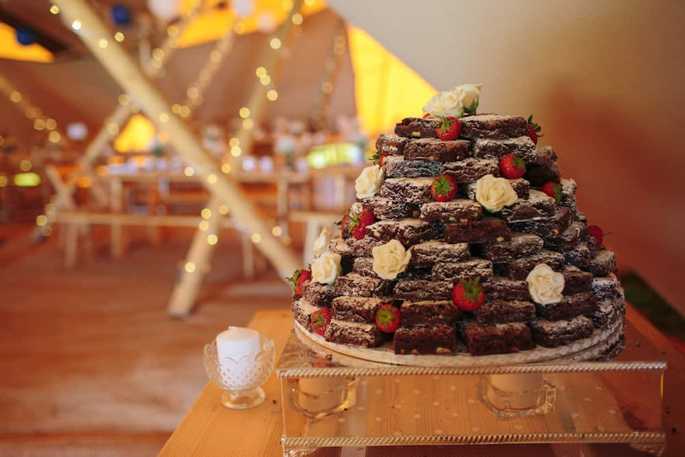 Brownie Wedding Cake - Sami Tipi Wedding - Image by Kathryn Edwards