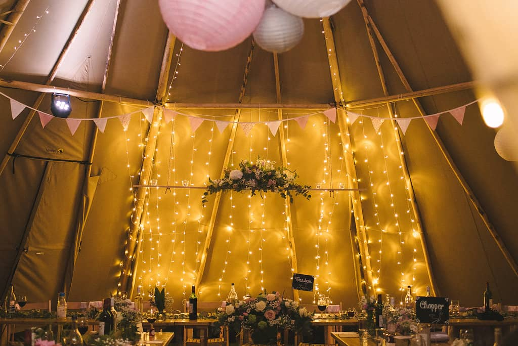 Top Table styling - Sami Tipi Wedding by london-weddingphotographer