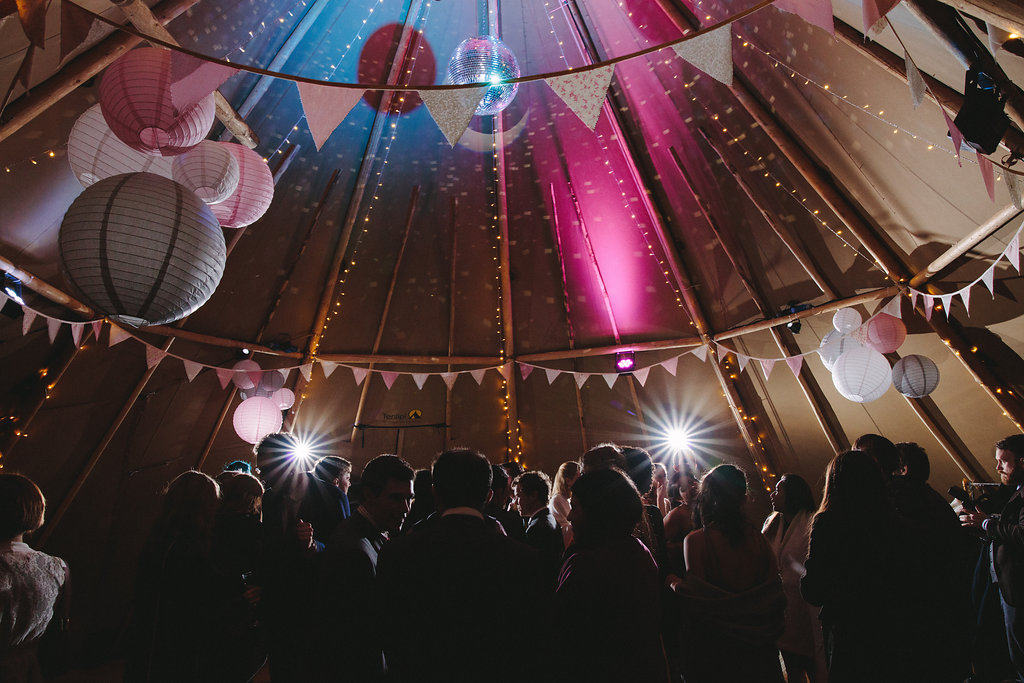 Tipis by night - Sami Tipi Wedding by london-weddingphotographer