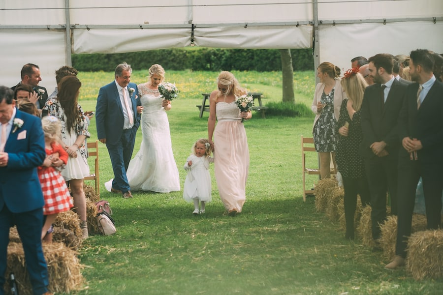 Outdoor Wedding Ceremony - Sami Tipi Leicestershire wedding - captured by Jonathan Flint Photography