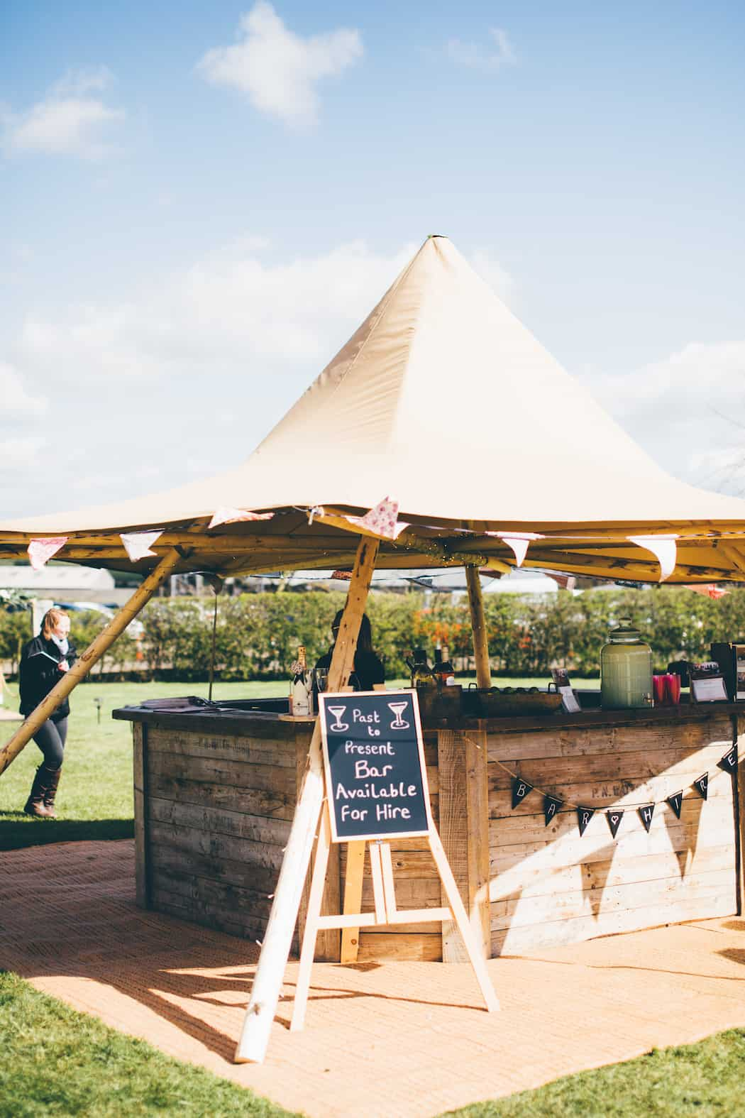 Sami Tipi Spring Showcase |Little Hat Tipi & Rustic Bar | Captured by Christopher Terry Photography
