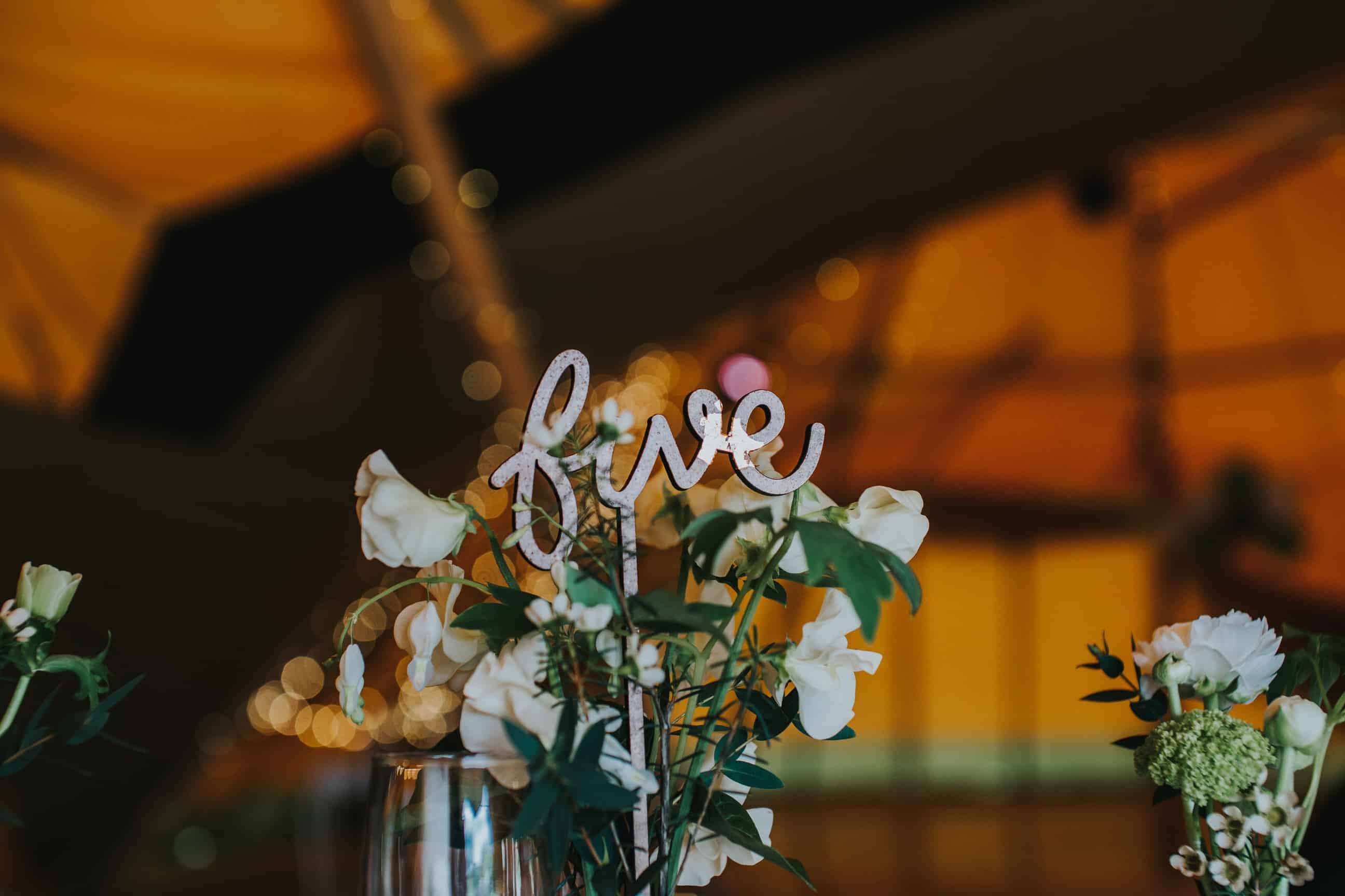 Table Decoration by Emily Wisher Artisan Florist by Sami Tipi captured by Ed Brown Photography