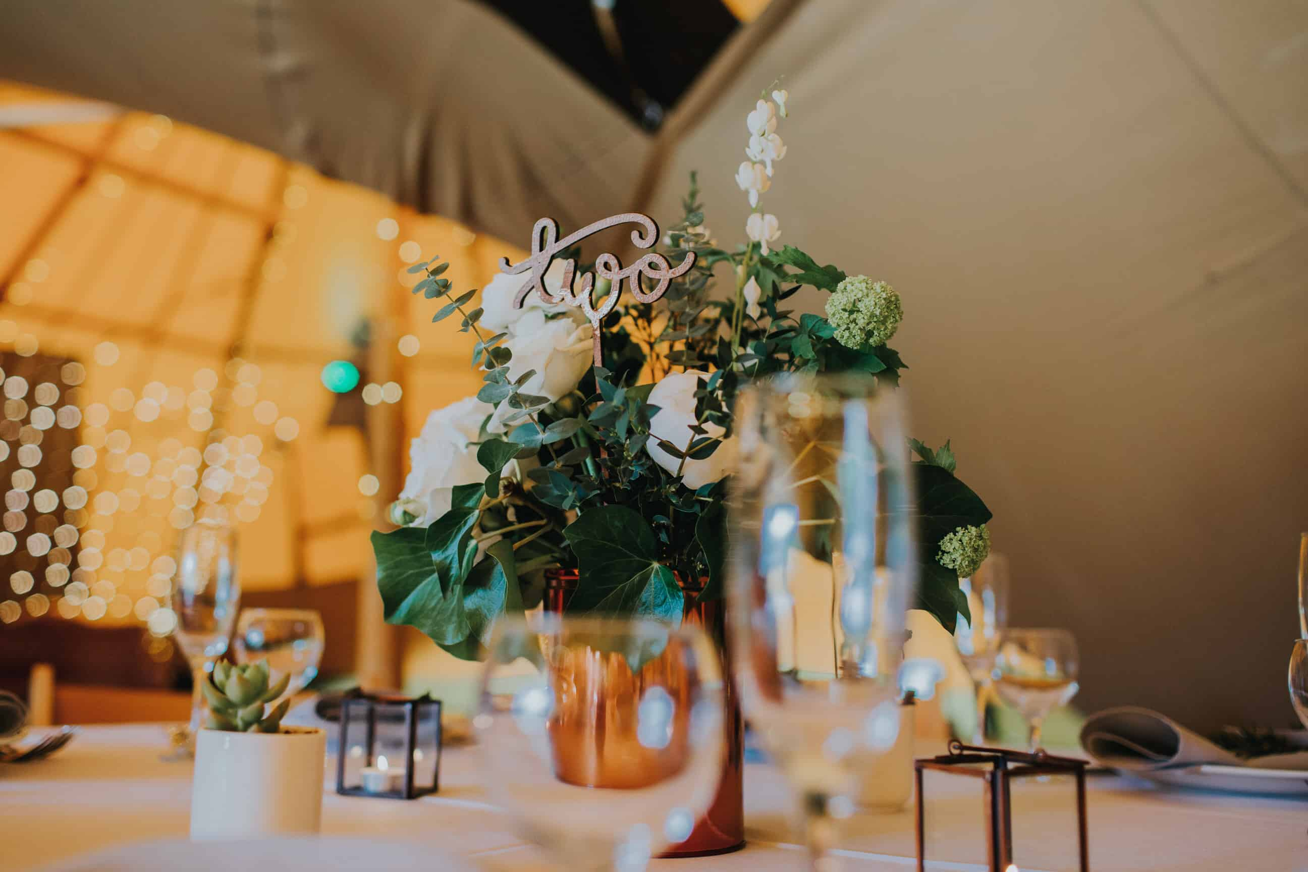 Round table setting - Sami Tipi Showcase - captured by Ed Brown Photography