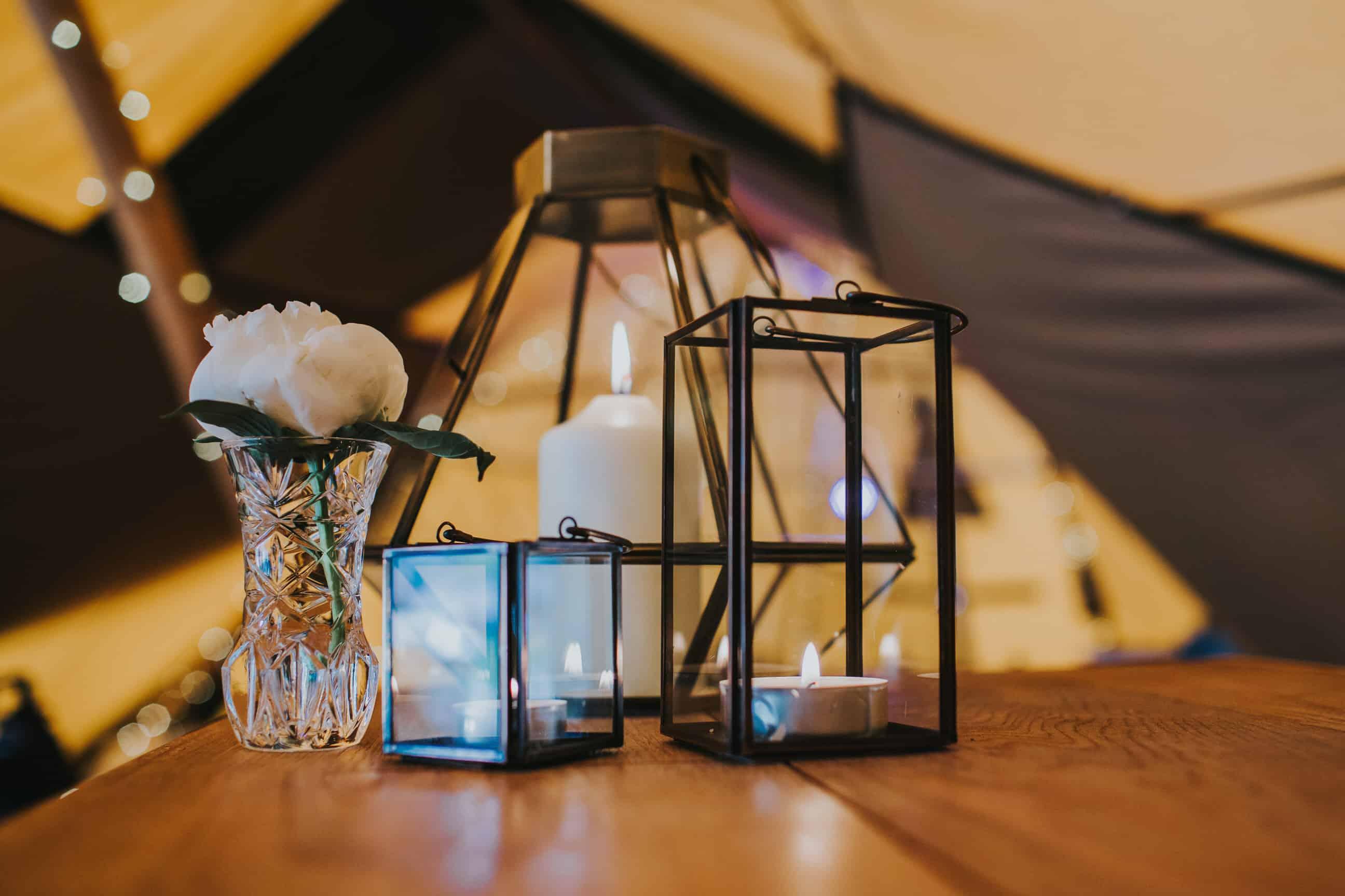 lanterns - Sami Tipi Spring Showcase captured by Ed Brown Photography