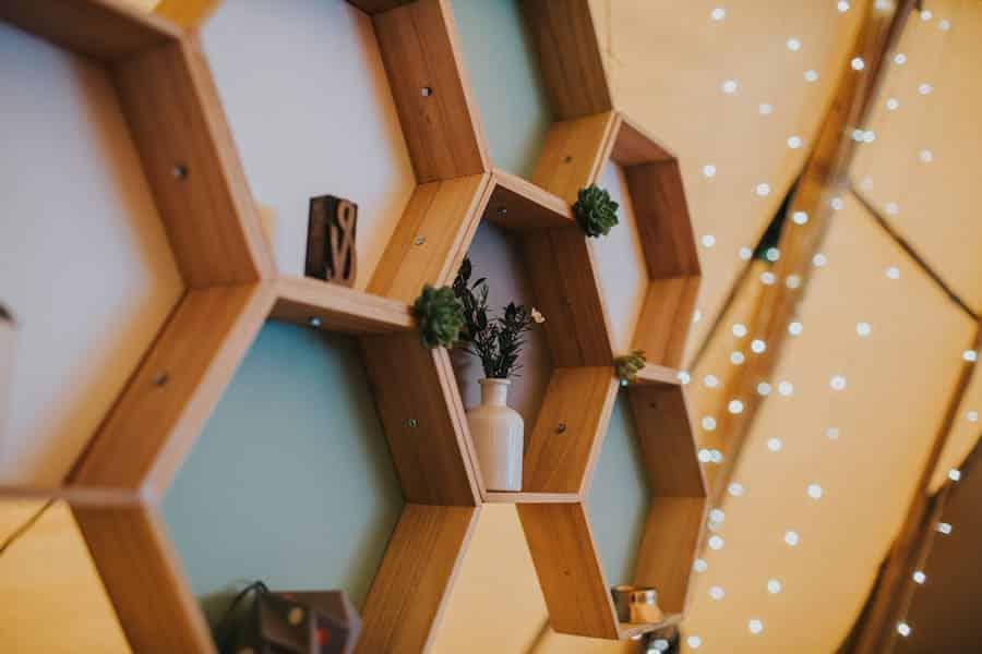 Gemetric hanging display - Sami Tipi Showcase captured by Ed Brown Photography