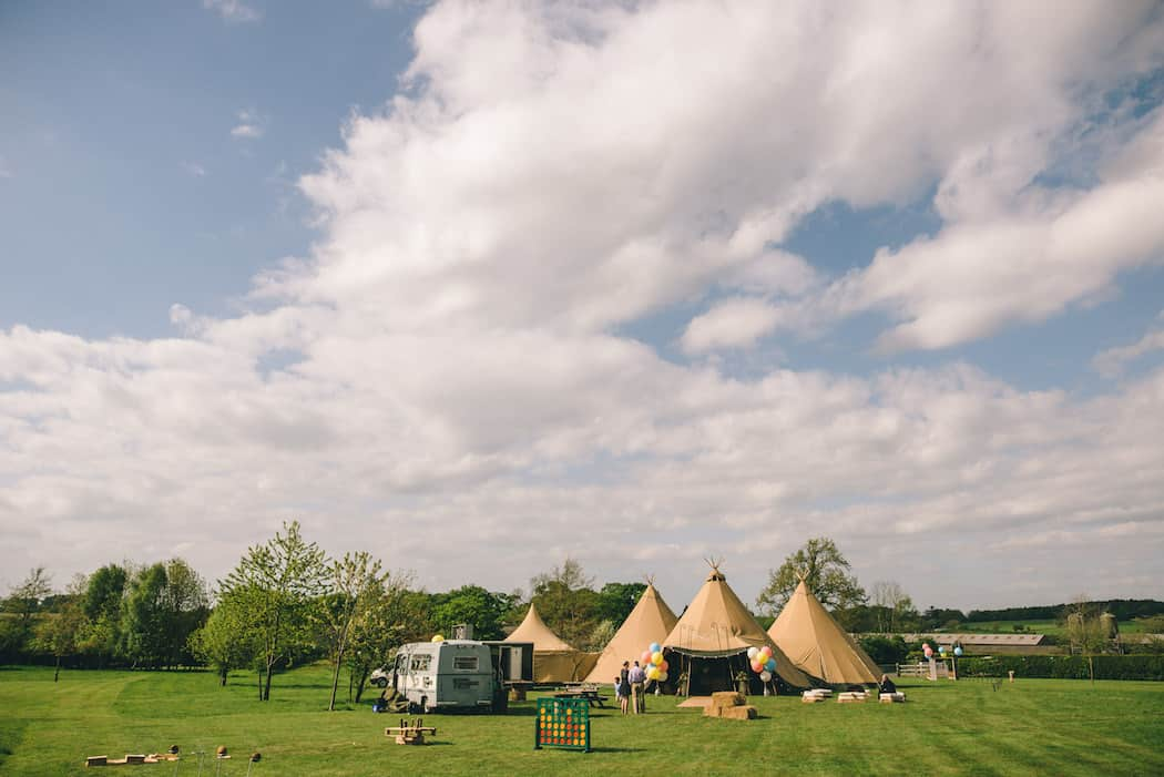 Arriving at BLF - Sami Tipi Wedding at Bawdon Lodge Farm captured by Matt Brown Photography