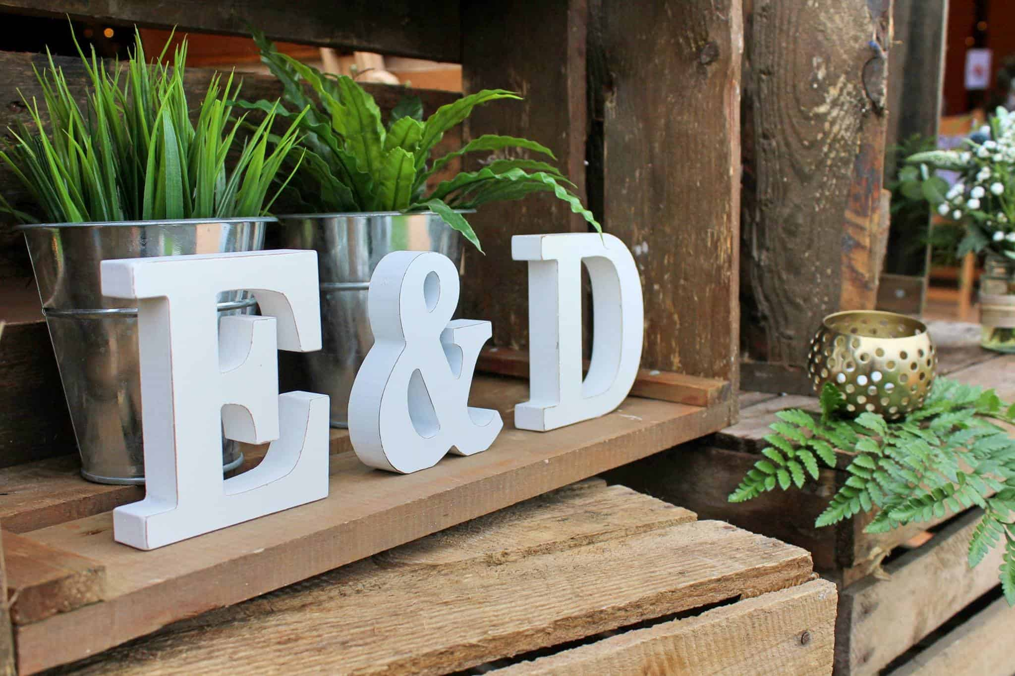E&D Letters - Woodland themed styling by The Rustic Wedding Company