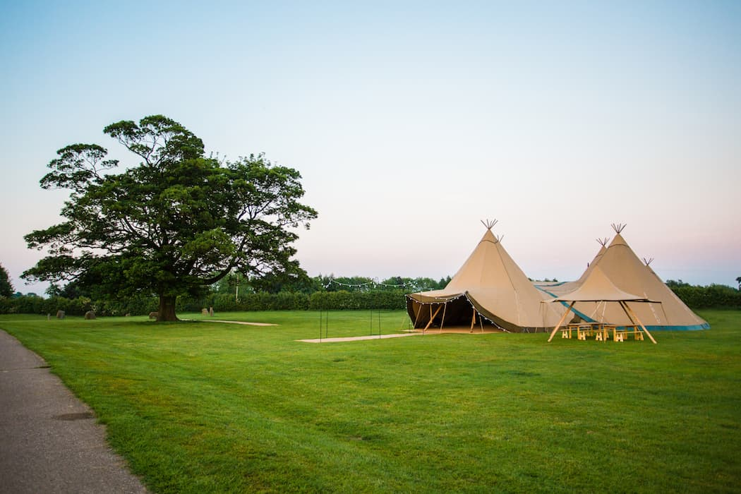 4 Giant Hat with Chill-Out Tipi Set up by Chris Terry 23