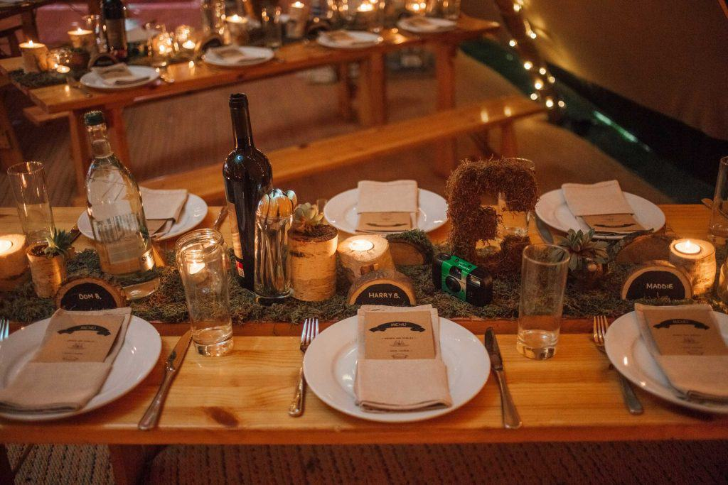 Relaxed table setting