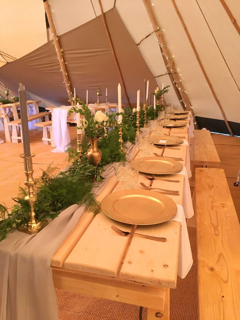 The Rustic Wedding Company | Magda K Photography | Sami Tipi Autumn Open Weekend 2017