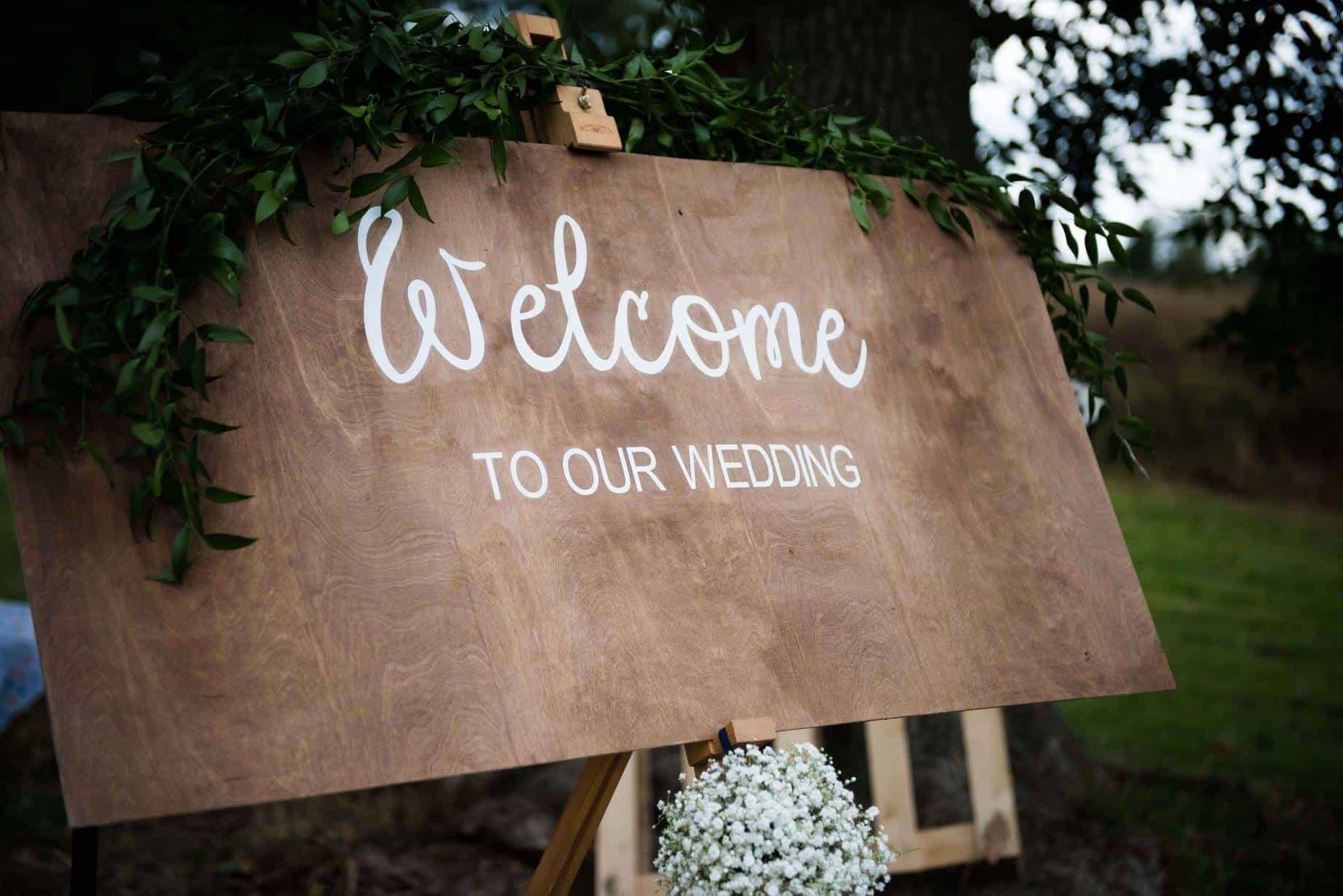 Dove Bank Weddings | Marston on Dove | Sami Tipi Wedding Venue00003