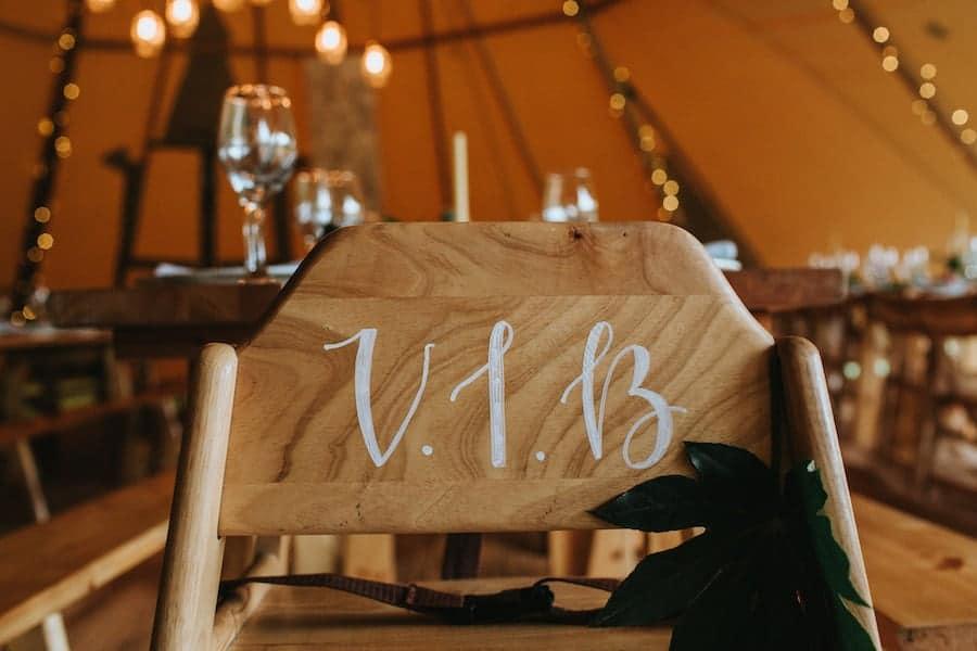 VIB Baby High Chair - Entertaining children at weddings