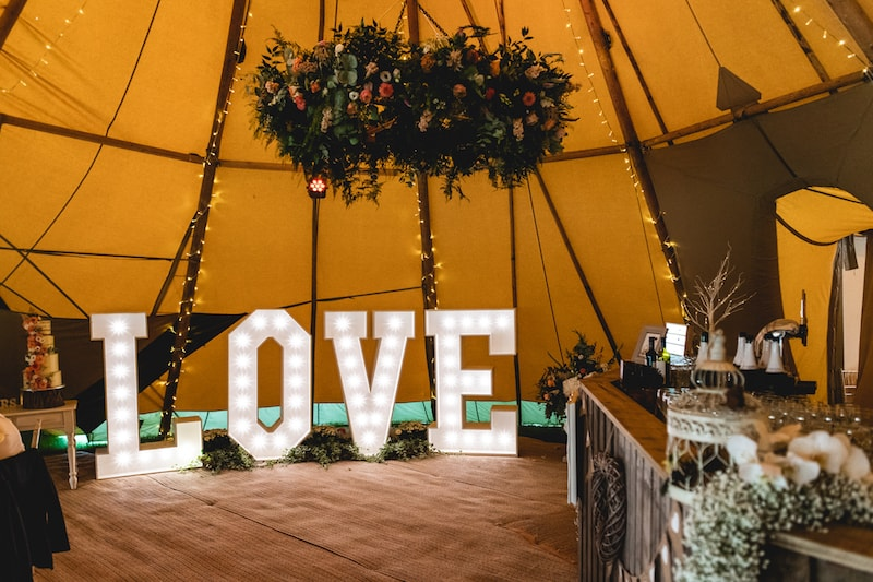 Sami Tipi 5 Giant Hat Tipi Wedding Images by SMD Photography483