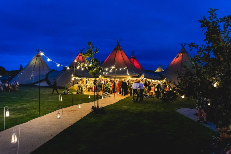 Sami Tipi 5 Giant Hat Tipi Wedding Images by SMD Photography638
