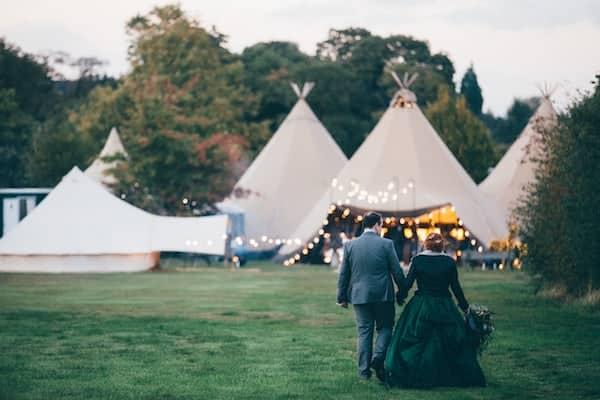 Autumn Tipi Wedding at Bawdon Lodge Farm