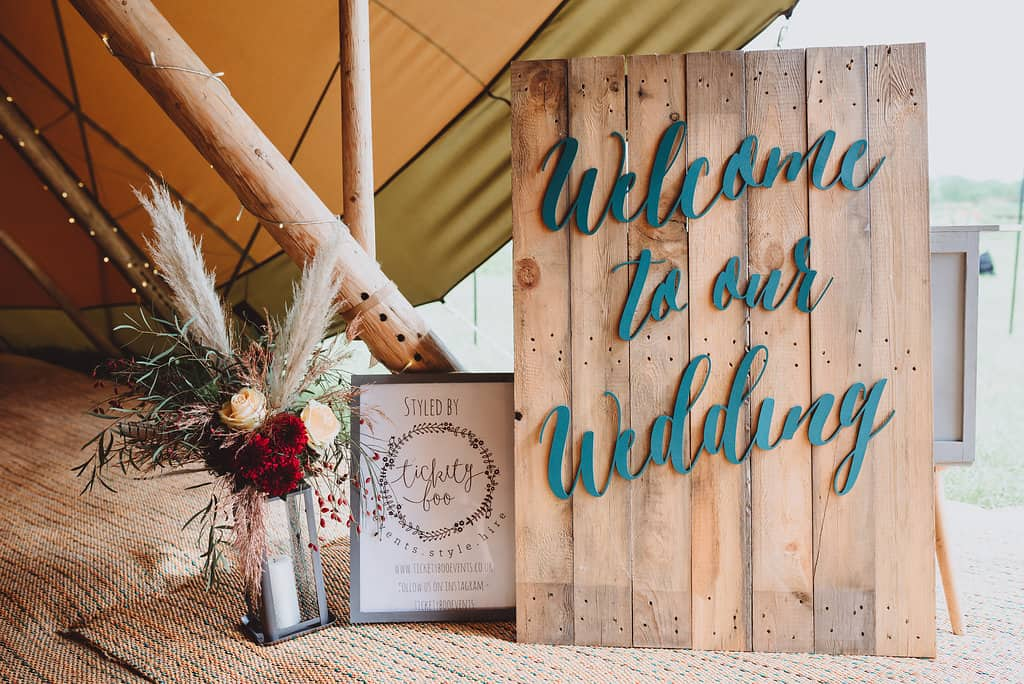 Welcome to our Wedding Rustic Sign creating entrance to boho styling