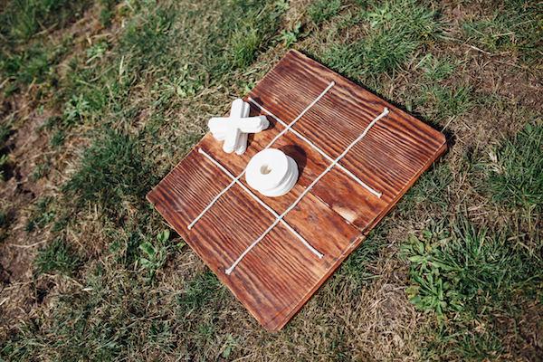 DIY o and x - outdoor wedding games