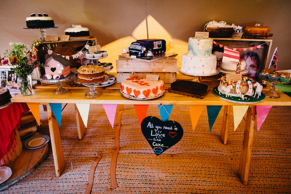 wedding bake off table