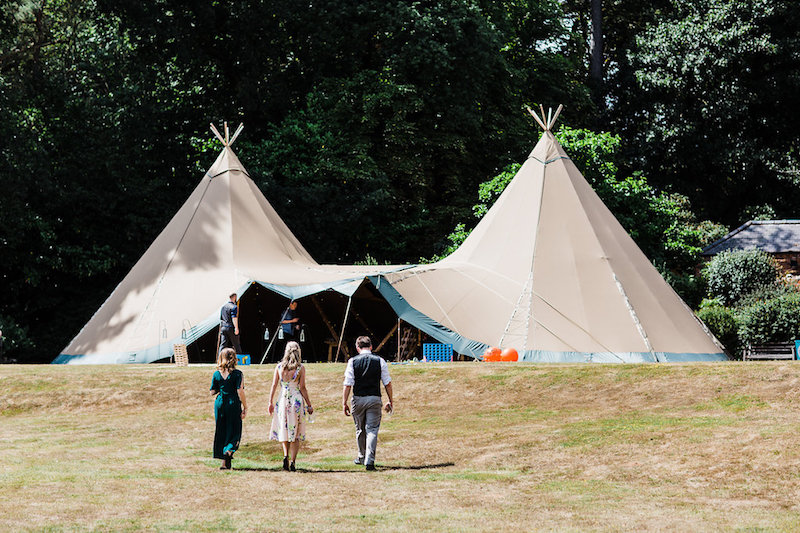 Nanpantan Tipi Wedding