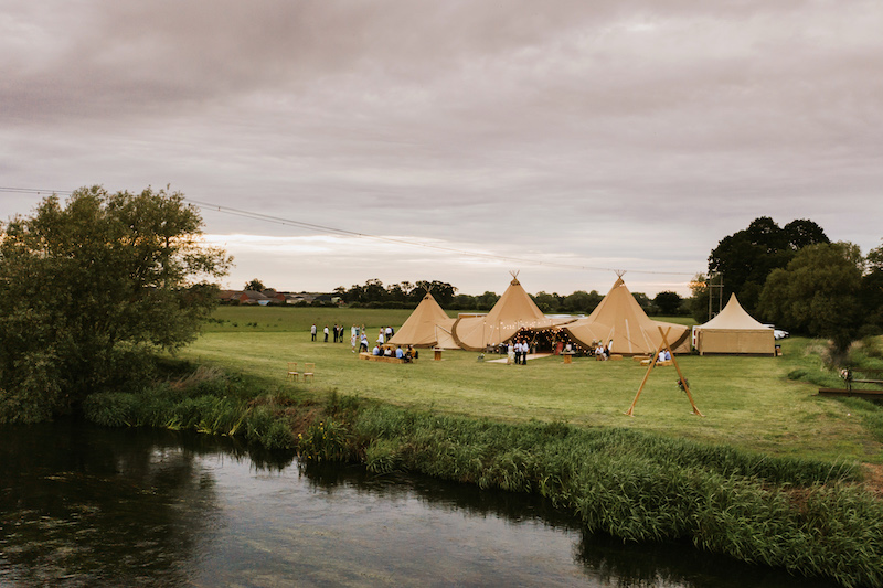 Waterfront Wedding Venue. Cuttle Brook, Swarkestone, Derbyshire