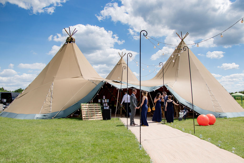 Cattows Farm Tipi Wedding with Three Sami Tipi Giant Hat Teepees