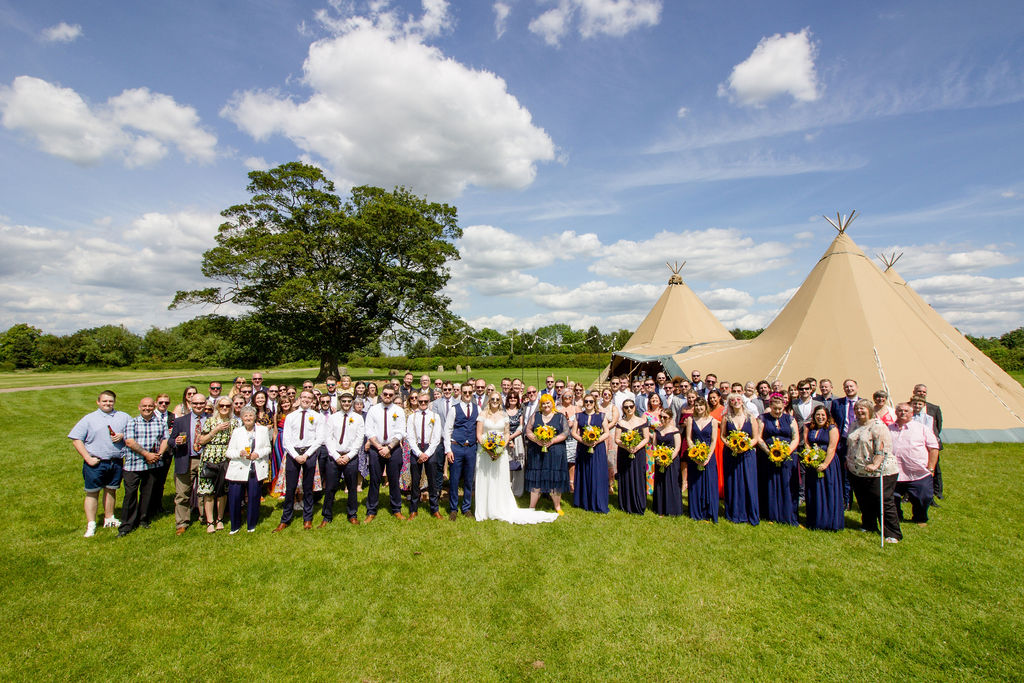 teepee wedding at cattows farm guests all guests gather for group photo