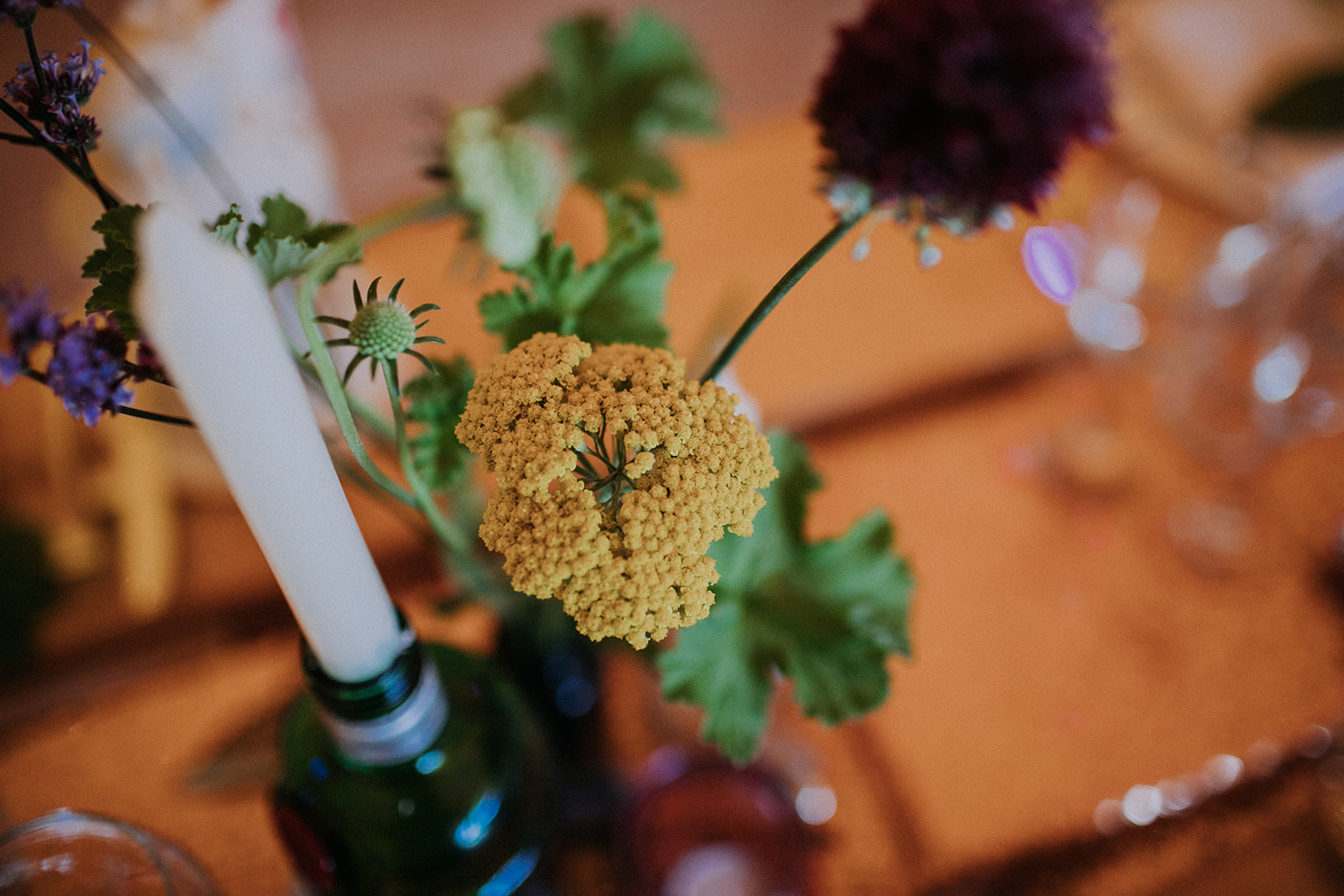relaxed table flowers cattows farm wedding with sami tipi