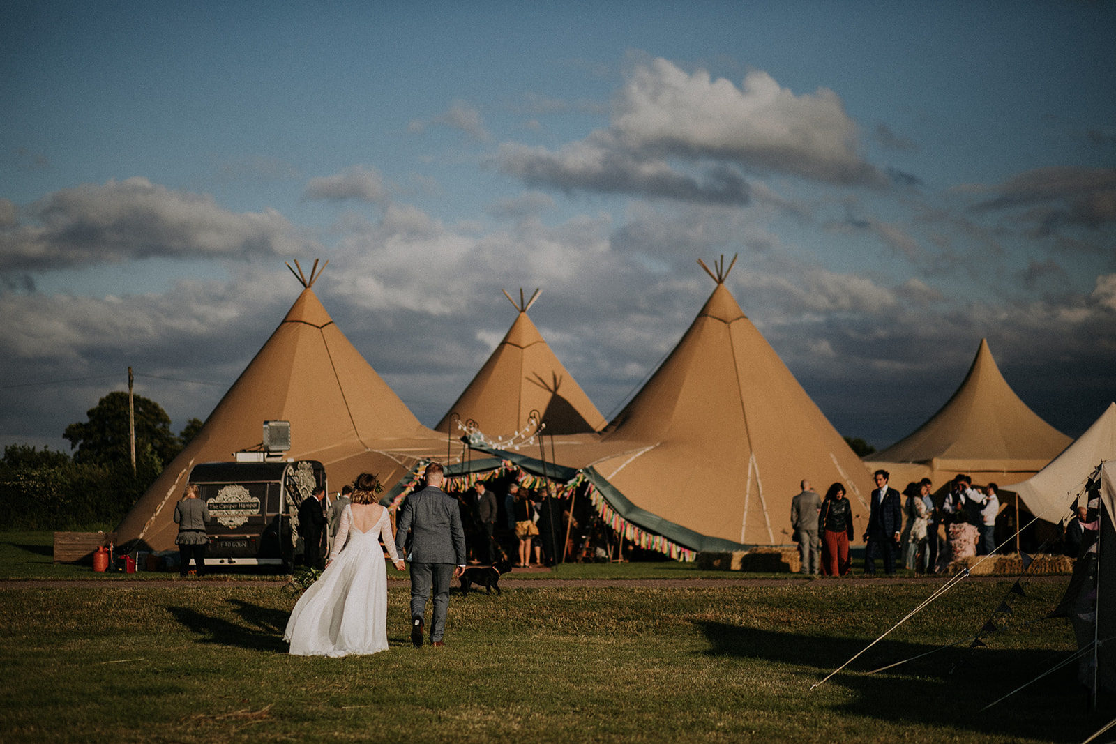 Tepee wedding celebration at Cattows Farm with Sami Tipi