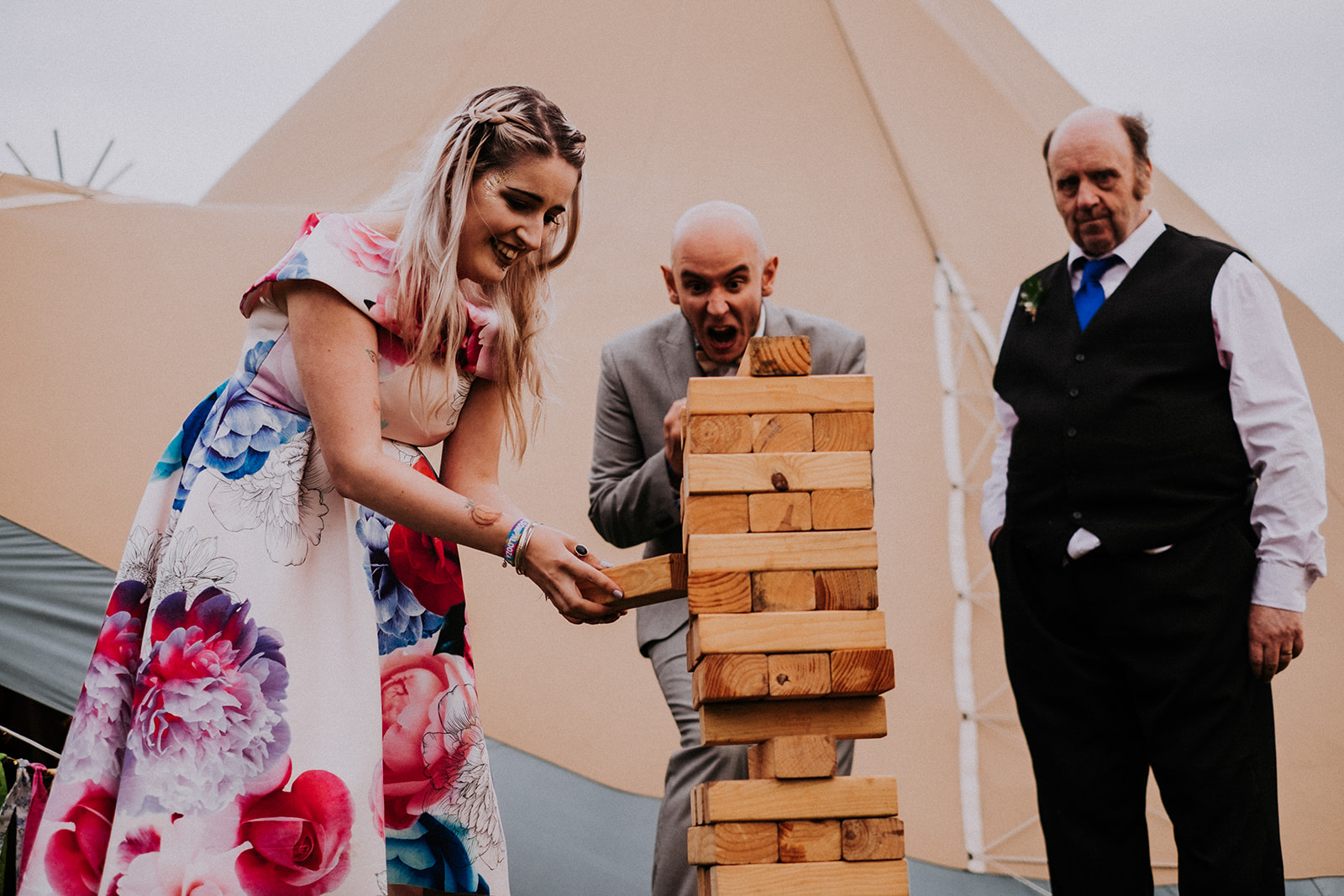 jenga outdoor games cattows farm wedding with sami tipi