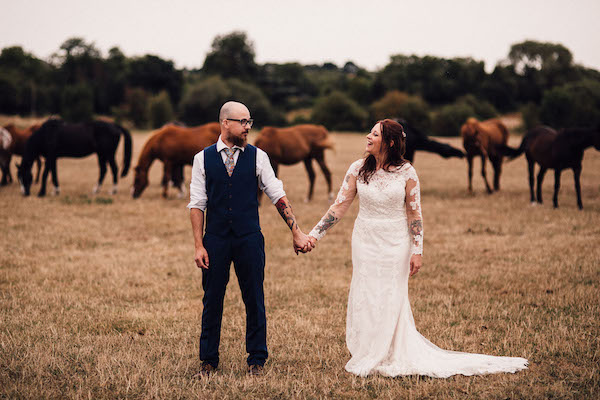 Bride and Groom at Horse Field at Cuttle Brook Swarkestone