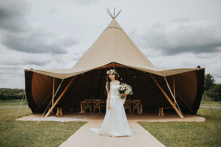 Small wedding ideas with one giant hat tipi from Sami Tipi