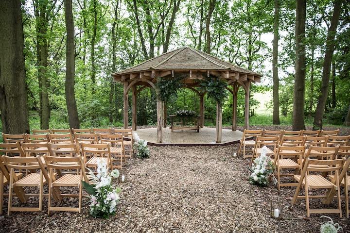 Mapperley Farm Tipi Wedding