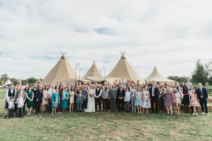 All guests at outdoor wedding