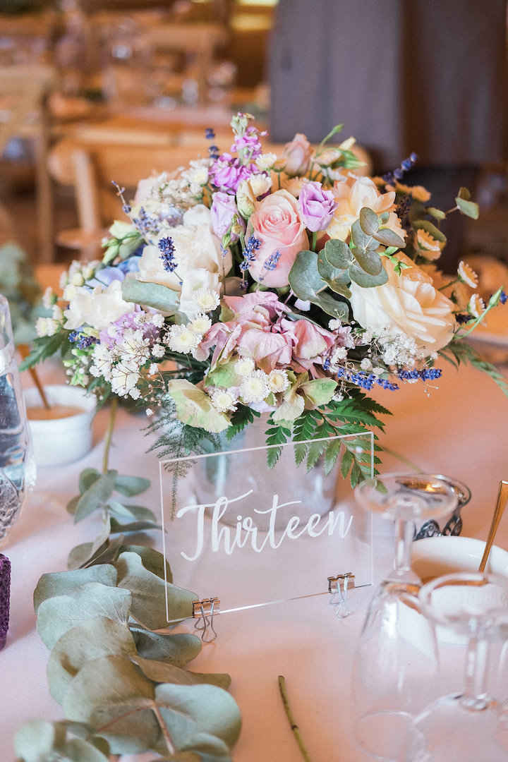 gorgeous table florals and decorations